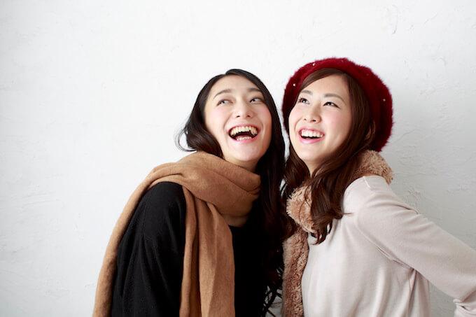 二人組の女性